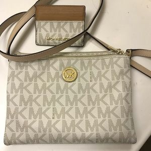 Michael Kors Women's crossbody bag